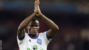 Taye Taiwo seals Bursaspor switch from Milan