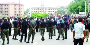 •Men-of-the-Nigeria-Police-Force-and-other-security-agencies-have-been-known-to-clash-over-divided-interests1